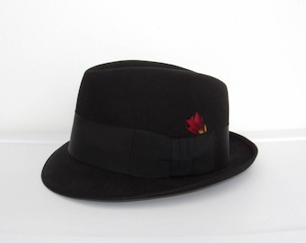 Royal Stetson Hat / Black w/ Red & Gold Feather / Men's Vintage The Stetson Ivy League Fedora / Size 7