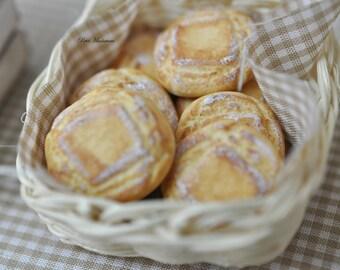 Bread-Bakery-Miniature Dolls House Scale-twelfth-Pane Rustico English-Dollhouse-Store Bakery