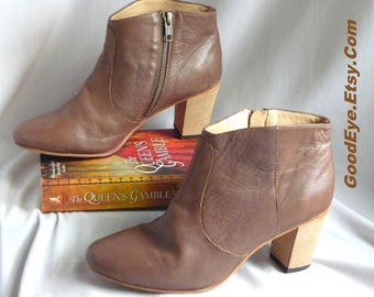 Johnston Murphy Chunky Heel Ankle Boots / size 7 B  Eur 37 .5 UK 4 .5 / ALL Leather Taupe Brown Booties