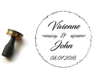 Custom wedding stamp, personalized with names and wedding date, round shape, flower pattern, personalized tag, custom wedding stationery