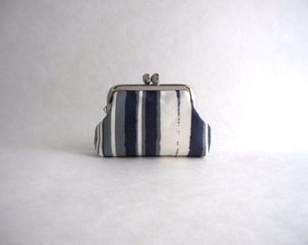 Coin Purse -Frame Mini Pouch Mini Jewelry Case with Ring Pillow- Gray Stripe