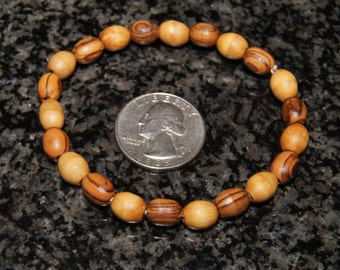 Simple olive wood braclet, Meditation braclet, oval bead, stretchy cord