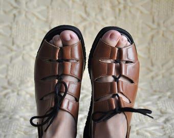 Vintage lace up sandals, brown leather sandals, open toe shoes, slingback brown leather sandals, 90s open toe sandals, hipster sandals