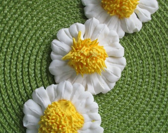 Royal Icing Daisy Flowers Choose Your Size Choose Your Color