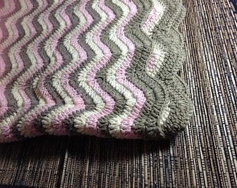 Handmade throw, crochet, cotton.