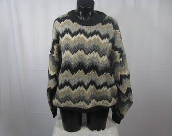 Awesome Vintage Knit Zig Zaggy Sweater