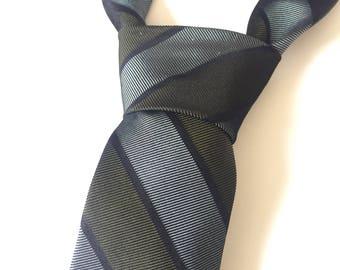 1960s Vintage Necktie / Striped Tie / Skinny Tie