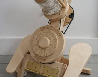 THE HOPPER SpinOlution Original Travel Spinning Wheel- Free shipping in the lower 48 USA States