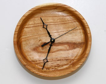 Wall Clock of Chinaberry Crotchwood