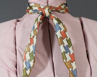 80's Vtg Multicolored Houndstooth Triangle Neck Scarf