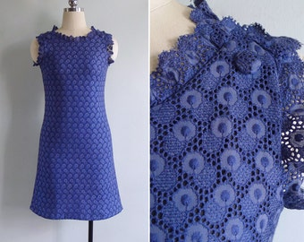 Vintage 60's Navy Blue Cotton Embroidered Lace Eyelet Shift Dress XS