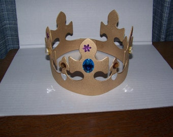 2 styles--Queen/Saint Crown Costume Accessory