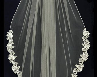 Venise Lace Edge Fingertip Length Ivory Wedding Veil