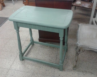 Small Shabby Chic table 5