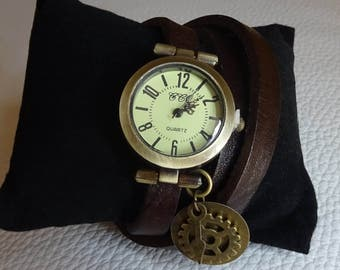 Steampunk watch fo woman with gears