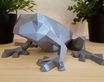 Low-Poly Frog