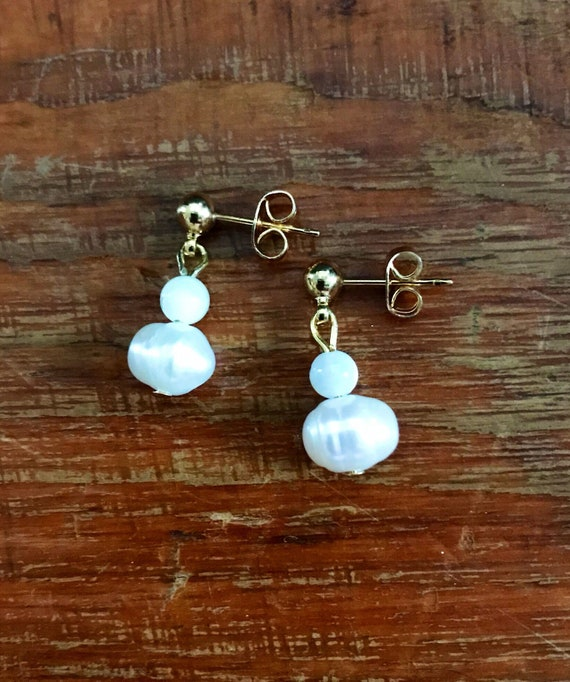 Freshwater Pearl and Mother of Pearl Dangle Earrings