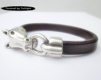 Leather Equestrian Bracelet - Dark Brown Regaliz Leather with Antique Silver Horse Head Clasp - Horse Lover Bracelet