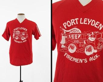 Vintage Port Leyden Fireman T-shirt Red V Neck 1980s Jersey - Size Large