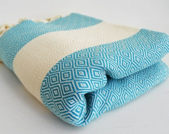 SALE 30 OFF/ Diamond Blanket / Turquoise / Twin XL / Bedcover, Beach blanket, Sofa throw, Traditional, Tablecloth