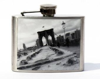 FLASK -  Brooklyn Bridge Black and White-Brooklyn- NYC - Groomsmen Gift- Hip Flask-Cool Groomsmen Gift-Anniversary Gift-- Unique Gift Gift-