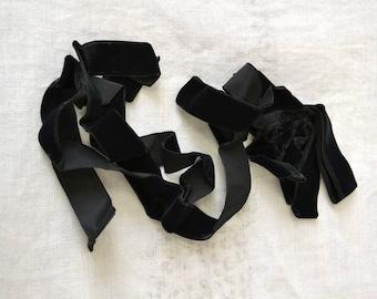 Black Velvet Ribbon and Bow