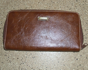 Rosetti Light Brown Faux Leather Vinyl Organizer Wallet Clutch Men and Women Multiple Compartments Zip Around Closure