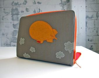 the blimp - laptop sleeve - custom size