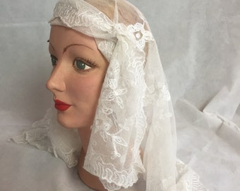 1930s lace bridal veil