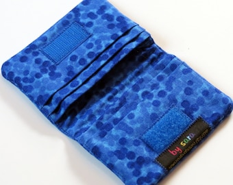 Credit Card Wallet - Blue Chromadots