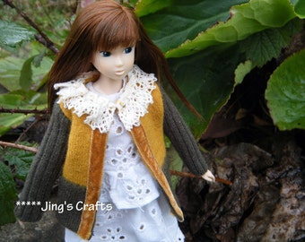 Hand knitting MOMOKO cream lace collar sweater by Jing's Crafts