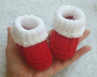 Knitting Santa baby booties, Babbucce neonato Natale ai ferri, Calzini neonato, Newborn socks, baby socks, baby christmas socks