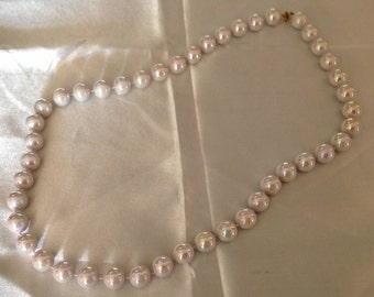 Vintage Mother of Pearl Bead Necklace