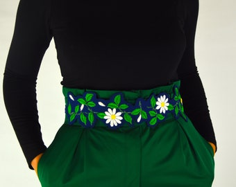 Ink blue sash with embroidered daisies, to tie at waist, one size fits all