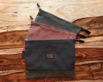 """Laptop Bag by Fitz and Flores (for 2016 Macbook Air 15"""", or smaller laptop) / Moto Motorcycle Gear"""