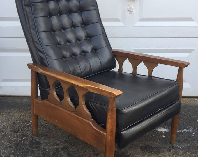 Vintage Lounge Chair Recliner