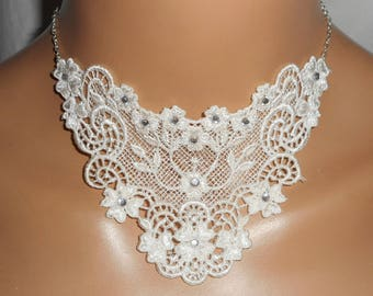 Ceremony necklace white lace with floral motif Swarovski Crystal