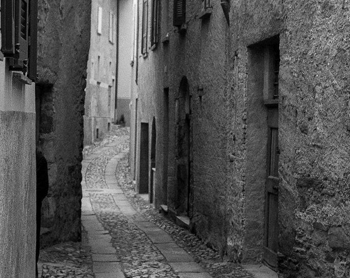 ROVIO STREET SCENE