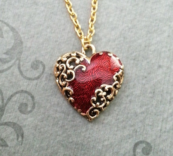 red heart necklace ornamental heart jewelry girlfriend. Black Bedroom Furniture Sets. Home Design Ideas