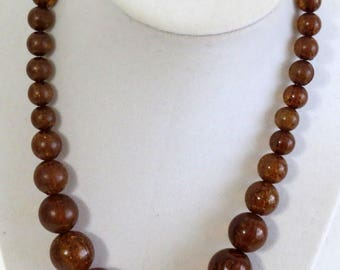 Brown Acrylic Beaded Statement Necklace, Beaded Gum Ball Style Necklace, gumball bead necklace, Vintage Graduated necklace