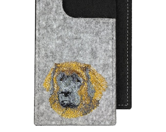 Leoneberger - A felt phone case with an embroidered image of a dog.