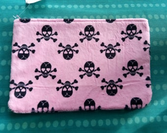 Pink skulls and crossbones fuzzy fabric large make up bag