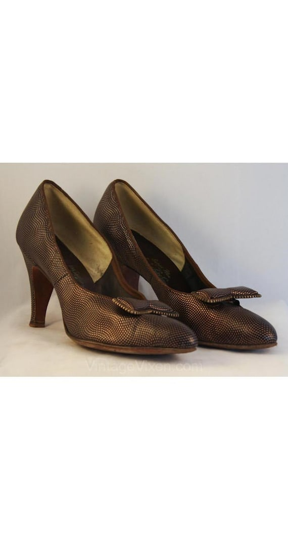 1940s 3 Brown Inch 8 Size 1 Heels Glamour Shoes 35829 40s 8 5 Accent Metallic with 2 Bow High AA 1 50s 5 Size Pumps 1950s AtxYaxU