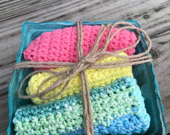 Set of Three Crochet Kitchen Dishcloths in a Basket Pink Yellow Blue Green