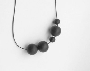 Spheres Handmade Necklace - Black