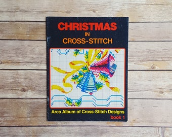 Christmas Cross Stitch Designs Christmas In Cross Stitch Arco Publishing Xmas Gift To Make Crafts Festive Holiday Crafts 1980s Craft Book