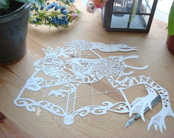 Papercut Patern, Template personal use Victor the Carousel Toad, digital download .pdf