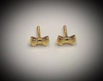 Bow gold earrings