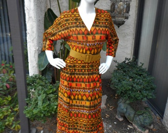 Vintage Late 1960's Krist Green Print Belted Print Dress - Size 6