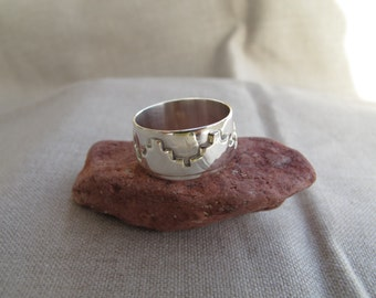 Petra Ring. Sterling Silver Ring inspired by Petra architecture. Handmade. For Men or Women. Fine jewelry. Original design Ring. Fine Art